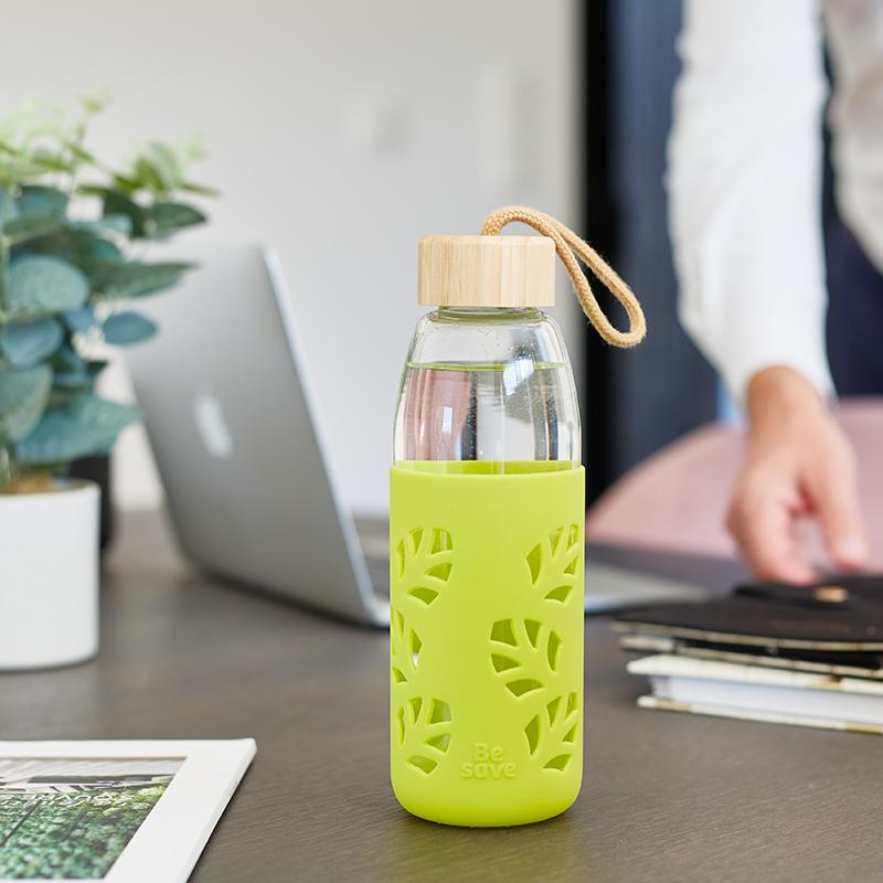 Remplacez votre bouteille d'eau par la gourde Be Save® durable !