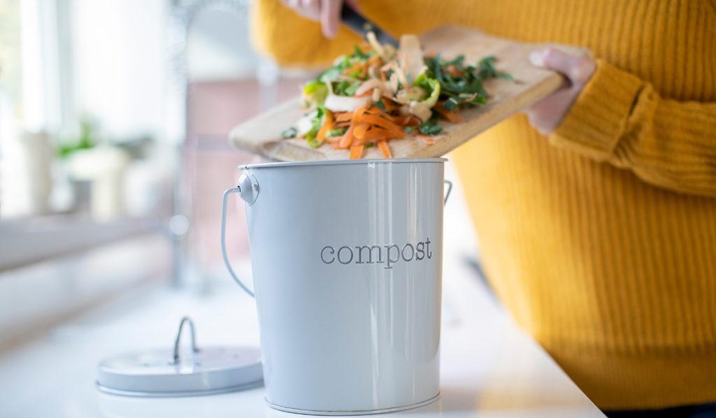 Compostez pour moins jeter !